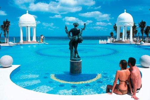 piscina-pool-2_tcm55-50205